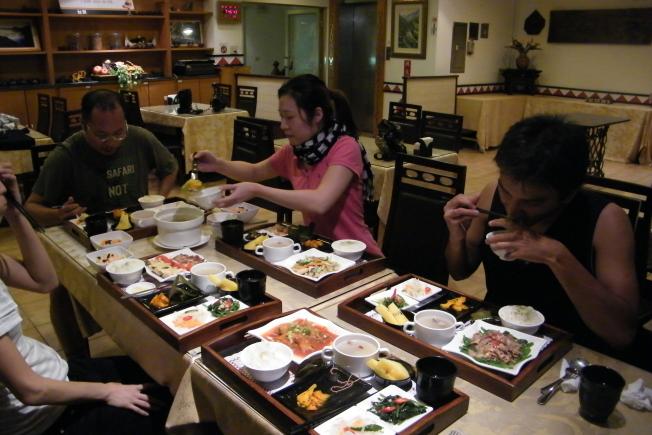 台東旅遊天龍飯店台東美食用餐環境2