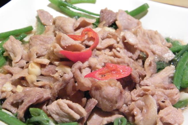 台東美食主餐-招牌松木烤肉近照
