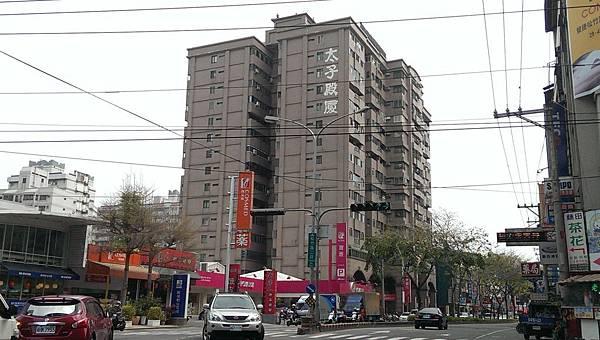 北屯區太子殿廈四房平車售1268萬