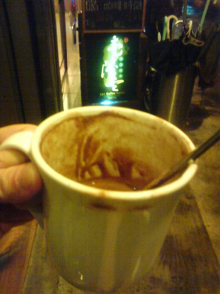 E61 cafe-1.jpg