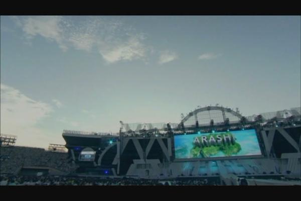 ARASHI 10-11 TOUR Scene~STADIU1.JPG