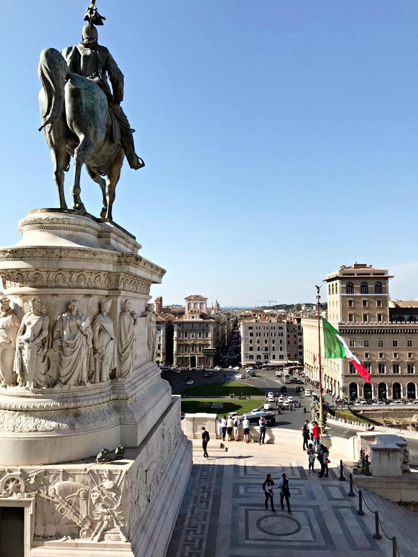 Piazza venezia.jpg