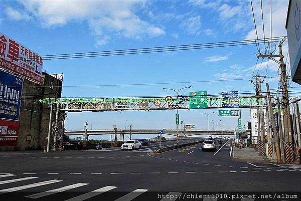 r18 68快速道路西濱匝道入口.jpg