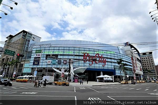 r18 Big City遠東巨城購物中心SOGO百貨 _新竹市東區中央路229號 (1).jpg