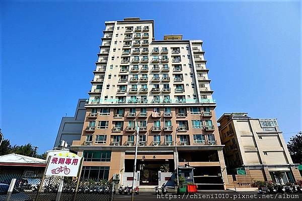 q17興築建設浪琴社區_新竹市尚濱路66號~76號 (1).jpg