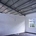上底漆的新大廳