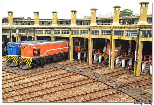 20130404-train-08