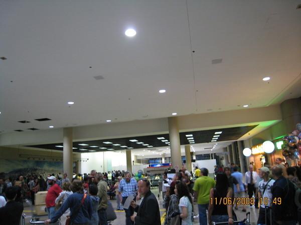 LA機場入境廳