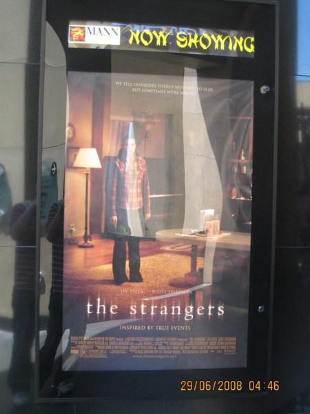 """當時上映的其中一部是""""陌生人"""""""