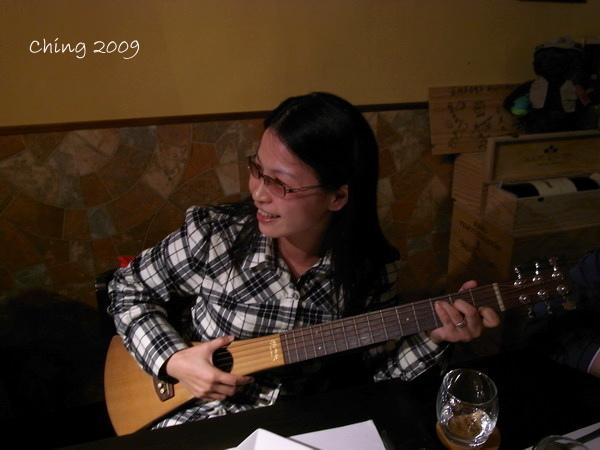 唱歌中的Nico