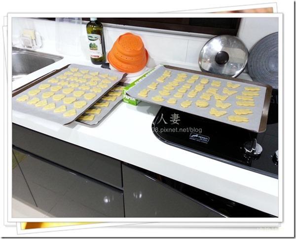 13-12-11 卡通壓模餅乾製作-10