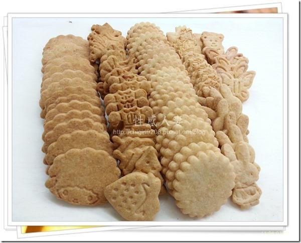 13-12-11 卡通壓模餅乾製作-18