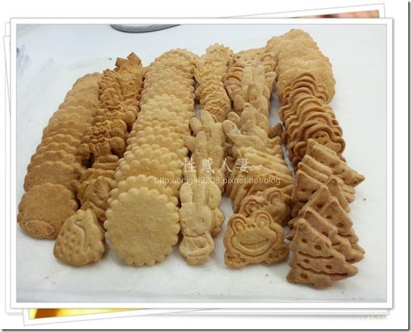 13-12-11 卡通壓模餅乾製作-29