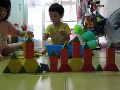 調整大小2013.9.23~積木作品--城堡1