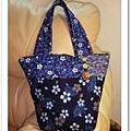 藍櫻花揹袋1.jpg