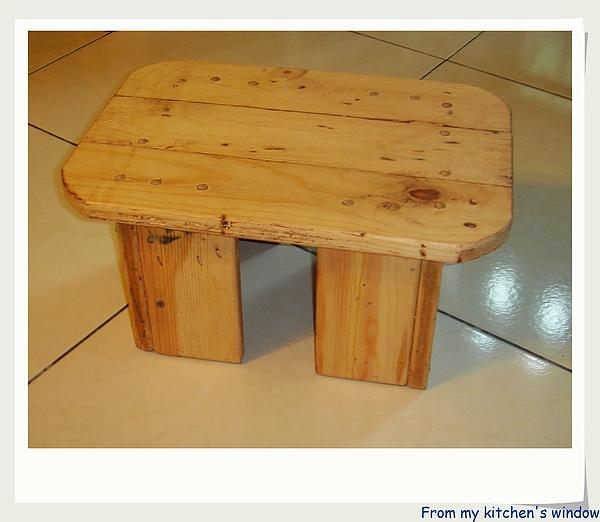 板凳1.jpg