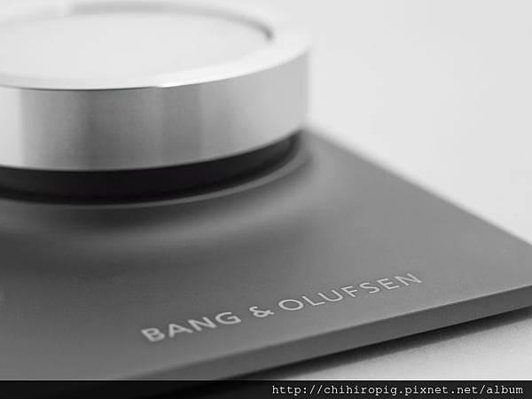 b_720_0_0_0___images_stories_users_socialdesignmagazine_ces_2014_bang_e_olufsen__BeoSoundEssence-0006.jpg