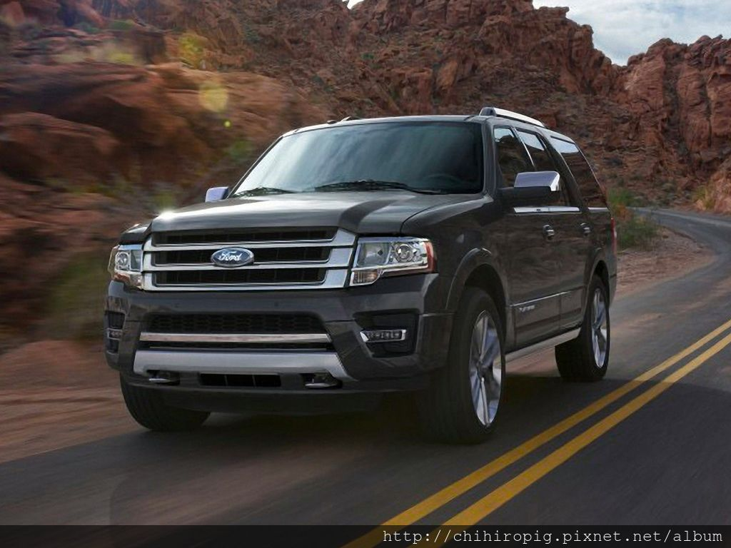 2015-Ford-Expedition-SUV-XLT-4dr-4x2-Photo.png.jpg