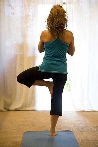 瑜珈動作教學