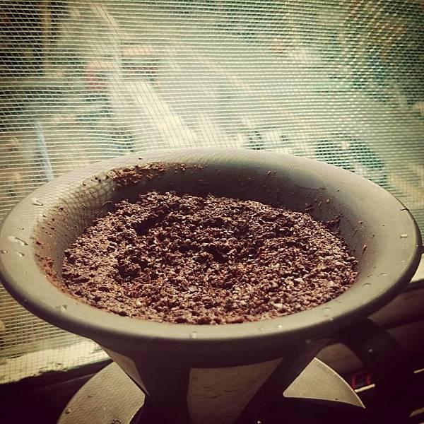 手沖咖啡渣用途1