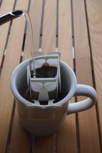 致理-濾掛咖啡沖泡技巧教學