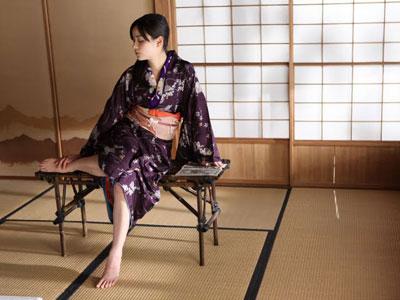 humikonoashi1.jpg