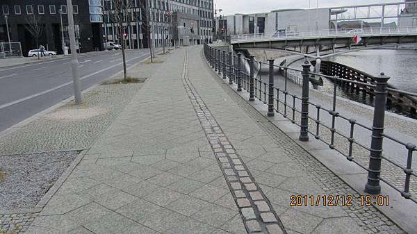 火車站附近的柏林圍牆遺址