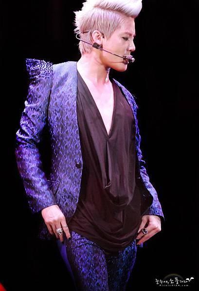 20120623 Xia 1st Asia Concert in Taiwan 30