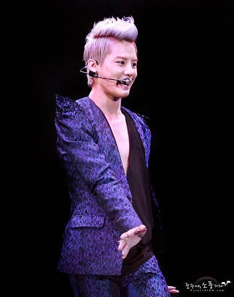 20120623 Xia 1st Asia Concert in Taiwan 32