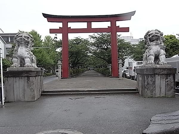 0511鎌倉鶴岡八幡宮鳥居.JPG