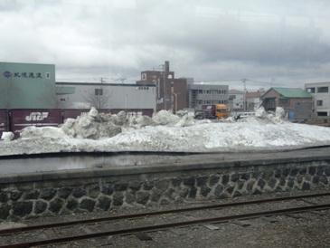 0513北海道途中景色(残雪).JPG