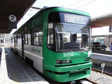 0517広島・路面電車.JPG