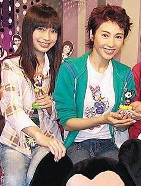 Angelababy與黎姿2004