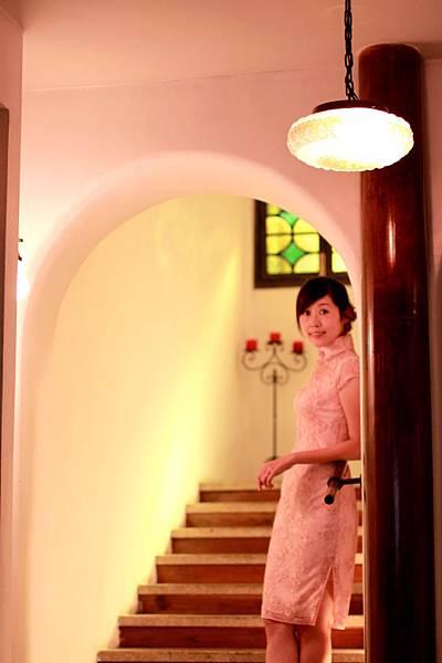 20110802劉小姐褀袍改短遊上海的照片01