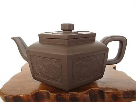 六角龍鳳壺