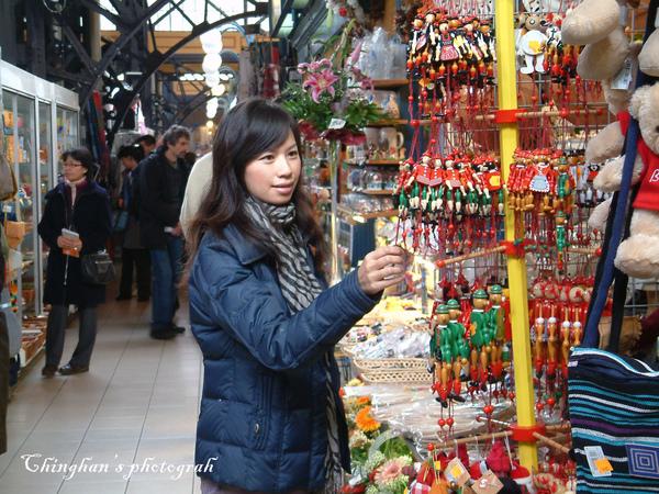 市場二樓藝品店