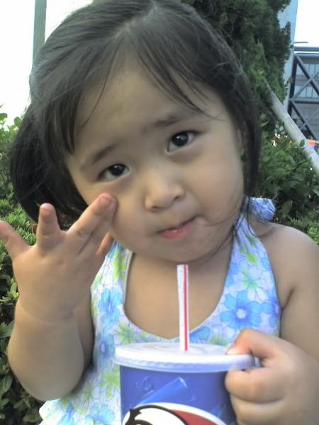 小薰~來當阿姨的女兒吧!!XD