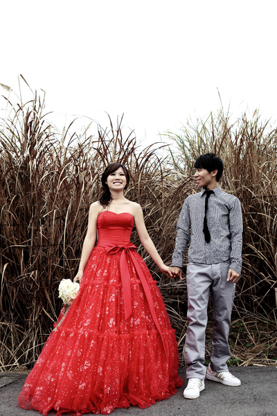 IMG_1762第四套紅色禮服.JPG
