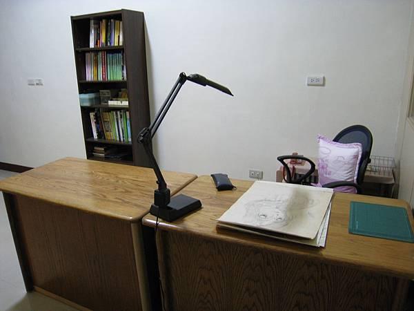 大概整理過的書房