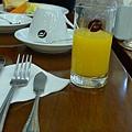 果汁跟咖啡