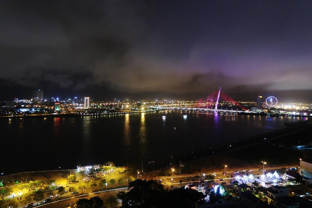 201703中南越-第四天 岘港Top View Bar 超推無敵夜景!