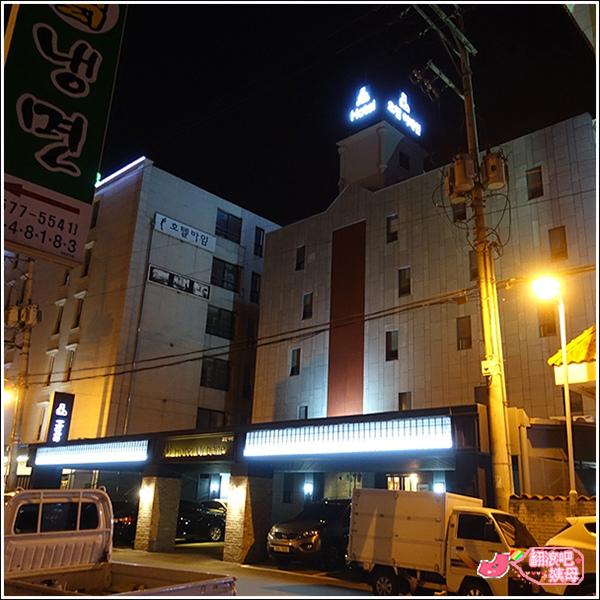Urbane Hotel_02.JPG
