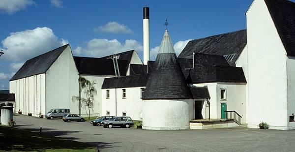 Auchroisk_Distillery_1.jpg