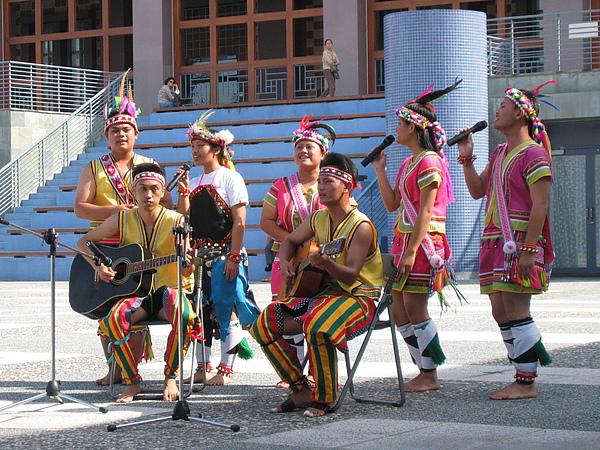原住民舞蹈表演4.JPG