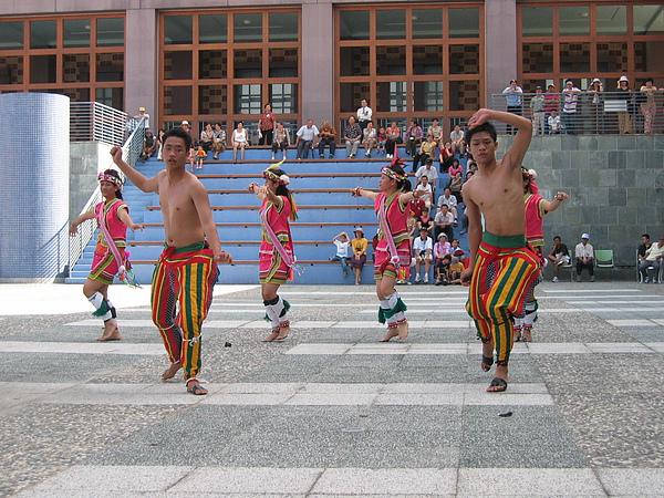 原住民舞蹈表演11.JPG
