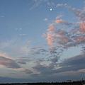 台東的日出3那是月亮.jpg