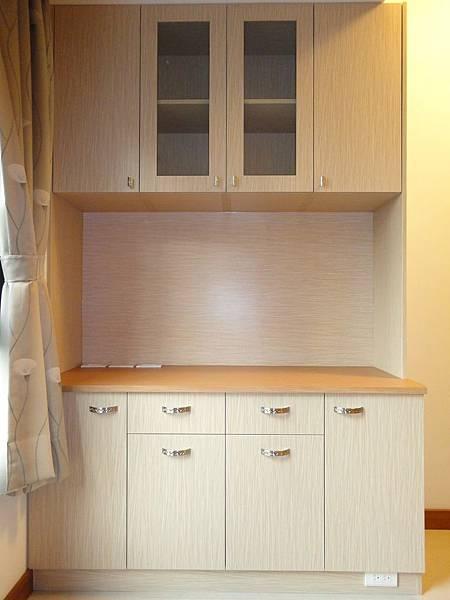 餐具櫃.jpg