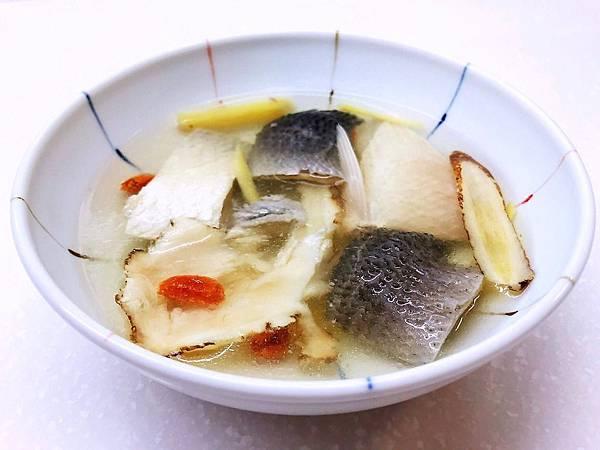 20181011-當歸魚肚魚皮湯