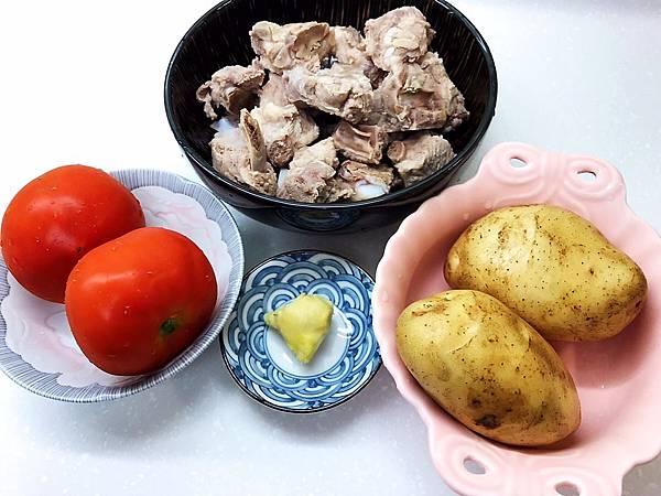 蕃茄薯仔豬骨湯-2