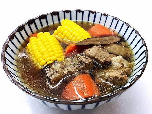 牛蒡蔬菜排骨湯-1